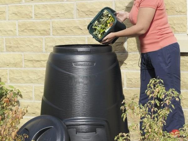 Compost-Bins