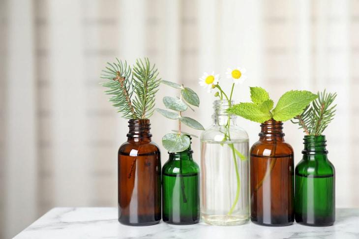 different-essential-oils