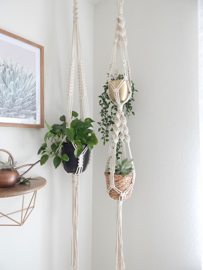 macrame hanger plants